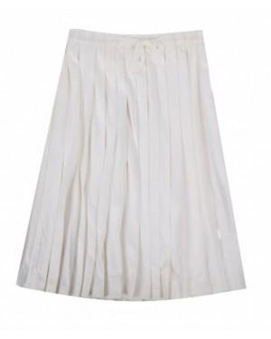 חצאית קפלים לבנה